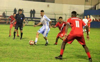 Palacete vira sobre o Santos e vence por 3 a 2 em SJB