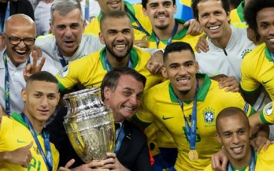 Sem Neymar, Brasil confirma favoritismo e vence Copa América contra o Peru