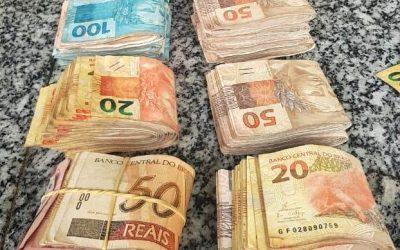 Homem detido com mais de 13 mil reais em dinheiro dentro de carro em SJB