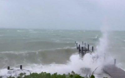 Furacão Dorian aproxima-se da costa da Flórida e da Carolina do Sul