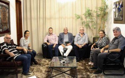 Carla Machado se reúne com representantes do DER